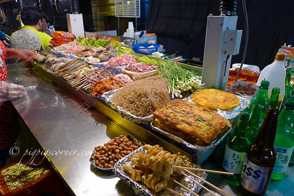 Namdaemun market-street food