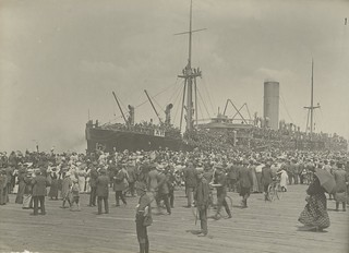 Troopship ASCANIUS about to depart Melbourne