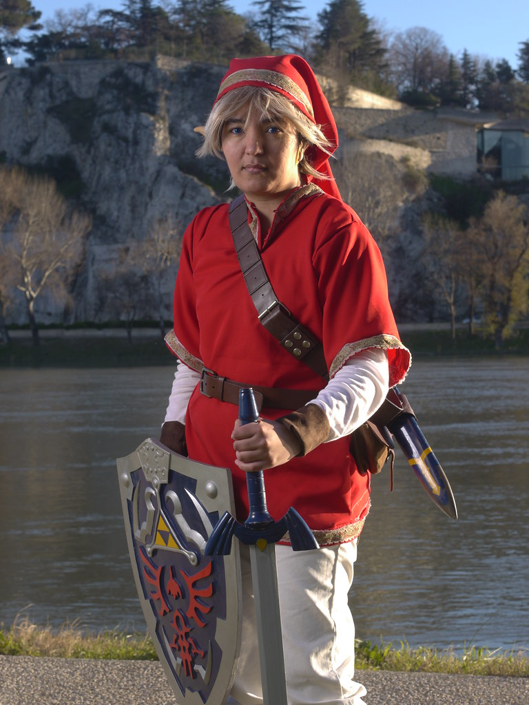 related image - Shooting Red Link - Avignon - 2013-01-03- P1520566