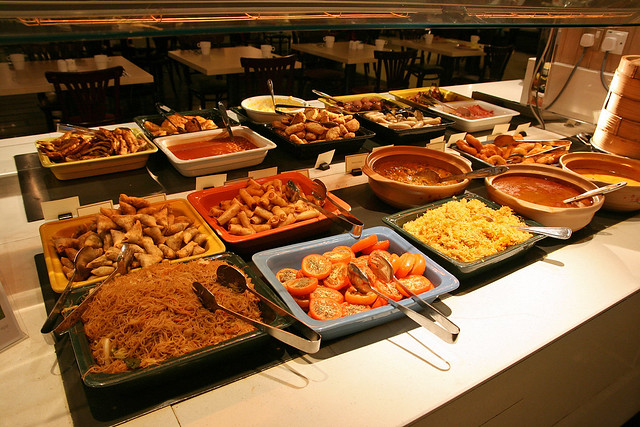 There's a neat selection of Indian vegetarian items at the buffet breakfast