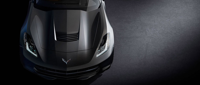 chevy-corvette-c7-bonnet
