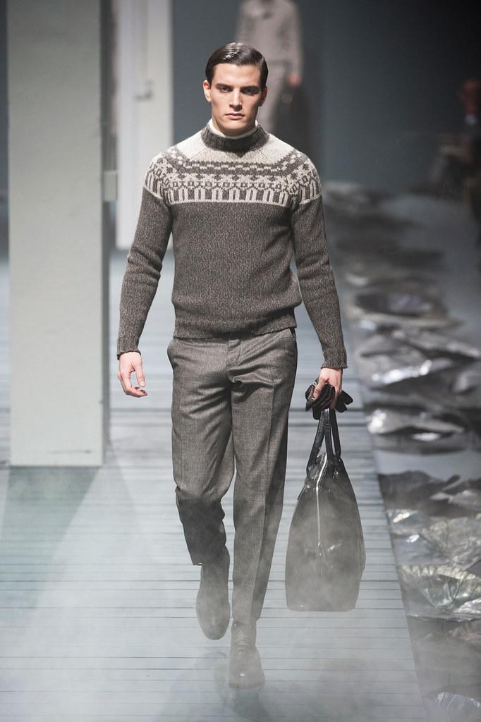 FW13 Milan Corneliani024_Yannick Boetzkes(fashionising.com)