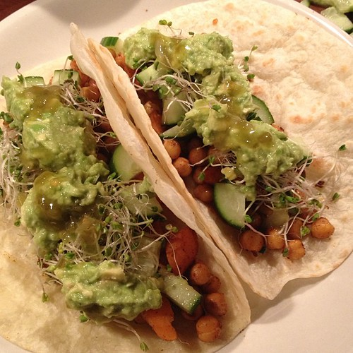 Roasted chickpea & carrot fajitas - yum #vegan
