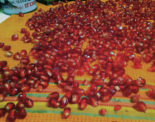 Drying the Pomegranates