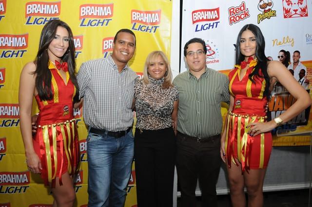 """Tour Carnaval Vegano une a """"D´Bonche"""" y """"Desde el Medio Tours"""