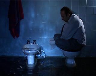 baño inundado flooded bathroom