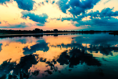 morning light sunset reflection clouds sunrise river daylight ukraine dnepr bestphoto popularphotography bestwebsite