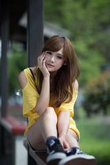[フリー画像素材] 人物, 女性 - アジア, 頬杖, 台湾人 ID:201210190800