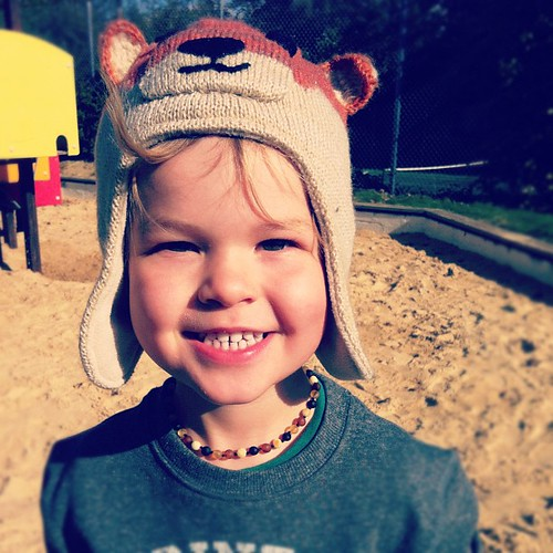 I'm rather partial to bear hats and especially on my big kid :)