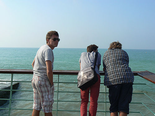 sur le bord de mer.jpg