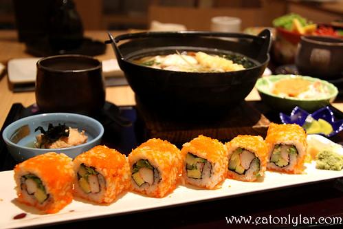Nabeyaki Udon to California Maki Zen, Senjyu Japanese Restaurant