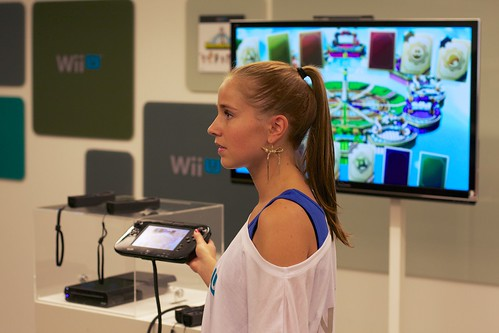 The wii U System with Controllers and GamePad
