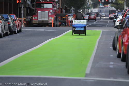 New green paint on SW Oak-5