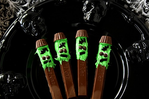 Halloween Kit Kat Frankenstein Treats