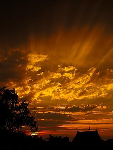 sunset sky sun clouds landscape gold evening olympus myview theviewfromthewindow betty00 beatajakubas