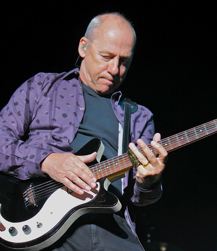 Mark Knopfler close-up