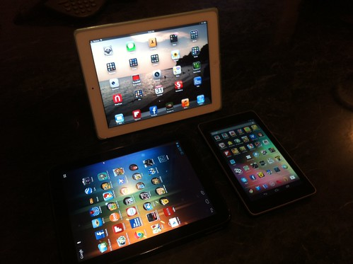 iPad 3 (5.1.1 pwn'd) vs Nexus 7 (JB 4.1.2) vs HP Touchpad (w/ CM9) by thinkingChuck