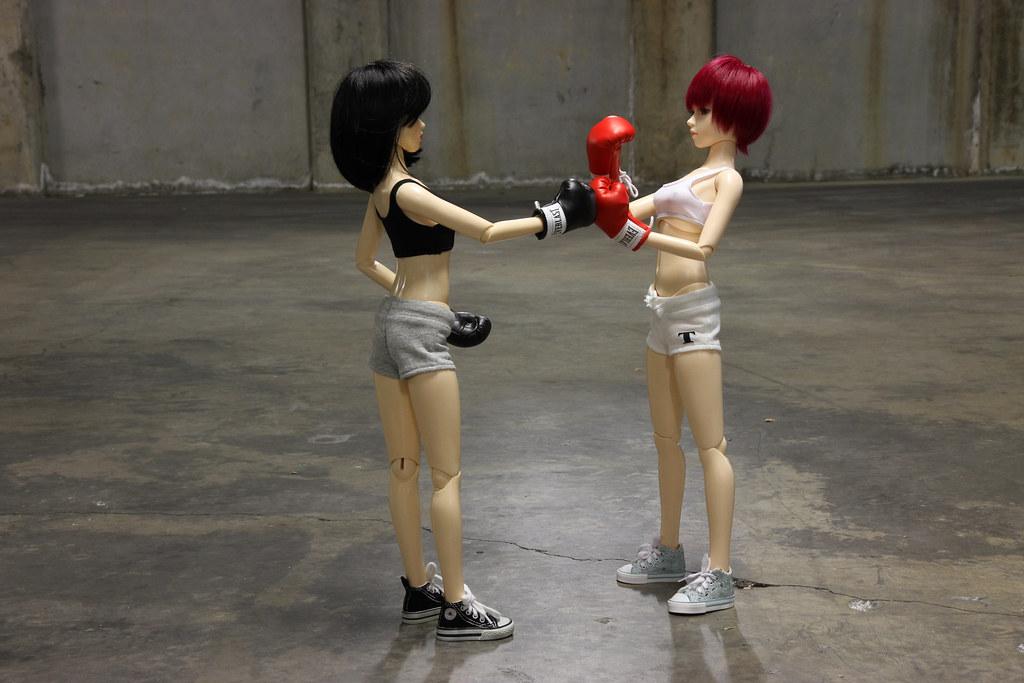 Girl's Fight Club 16