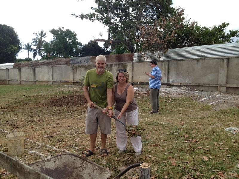 Kevin & Mary break the soil.JPG