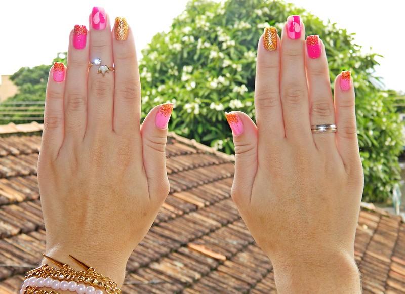 juliana leite unhas rosa glitter dourado coração amor holografic 002