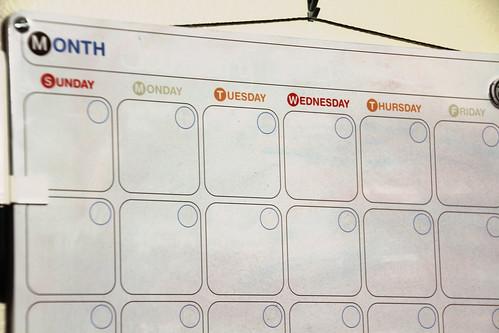 031-dry erase calendar