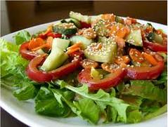 miso lam nuoc sot salad