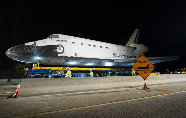 Space Shuttle Endeavour Move (201210120001HQ)