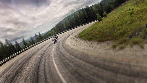 Carving some beautiful sweeper lines along the Pend Oreille River.  WA State Route 20, Ione, WA.