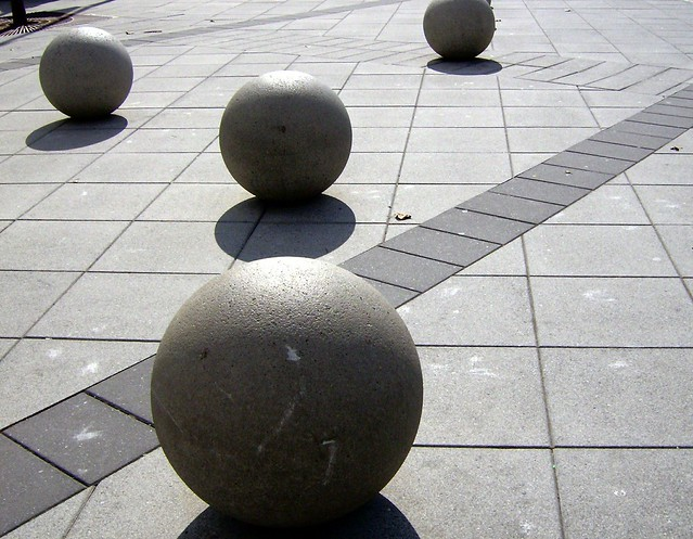 Flickr: The Geometric Shapes in Real Life Pool | 500 x 389 jpeg 162kB