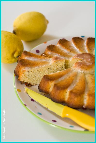 Torta-limone-e-papavero