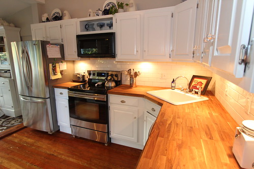 Kitchens With Butcher Block Maple Walnut Countertop