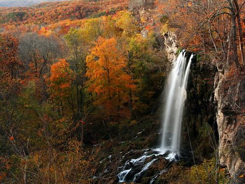 autumn virginia waterfall covington fallingspringfalls october2012