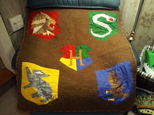 Hogwarts Crest FIS pattern