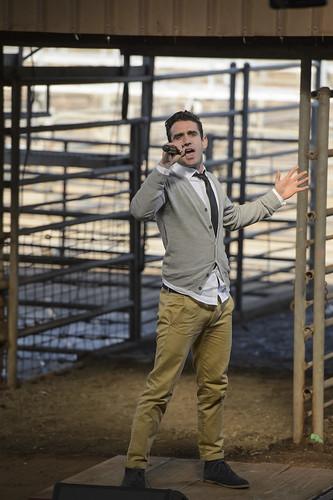 Michael Snell singing in Dubbo week1