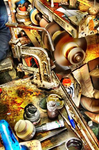 la maquina by C J Hidalgo