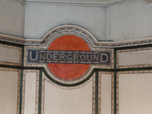 Tiled Underground logo at Maida Vale