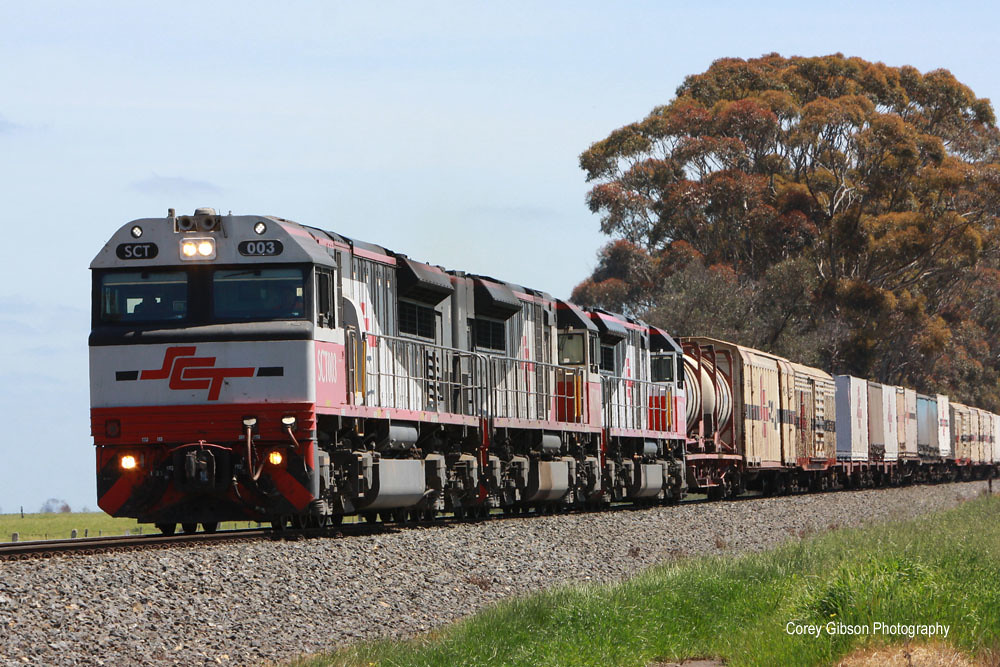 5PM9 SCT Perth to Melbourne freight at Lismore by Corey Gibson