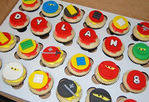 lego ninjao cupcakes