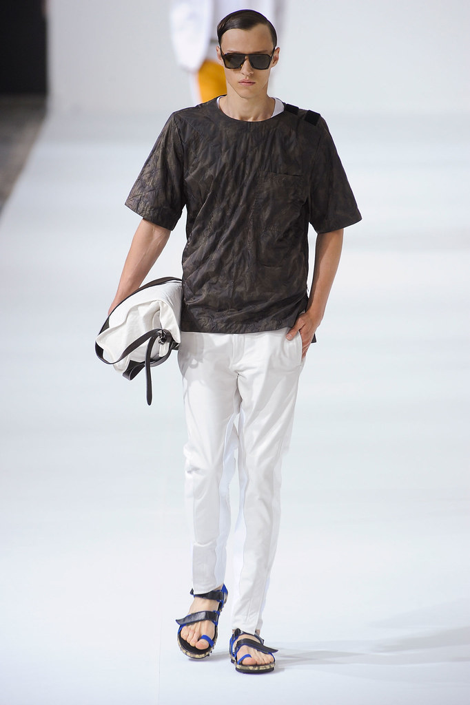Alex Maklakov3005_SS13 Paris Dries Van Noten(fashionising.com)