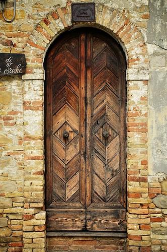 Castglione Doorway
