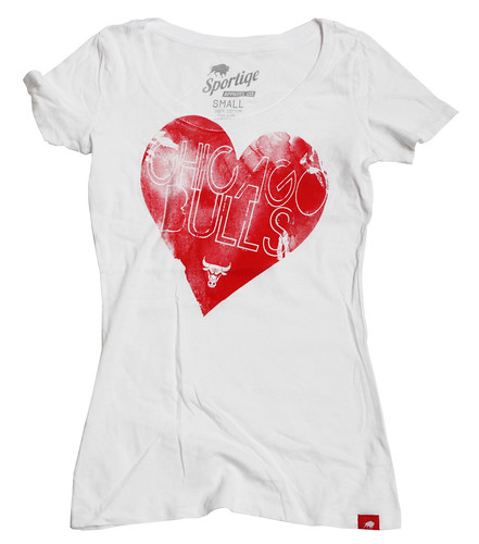 EE1360 BULLS FINE HEART
