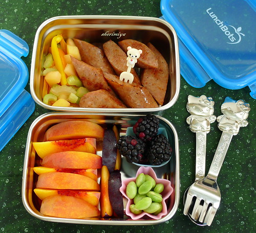 Bratwurst with Apples 'n Peppers LunchBots Bento by sherimiya ♥
