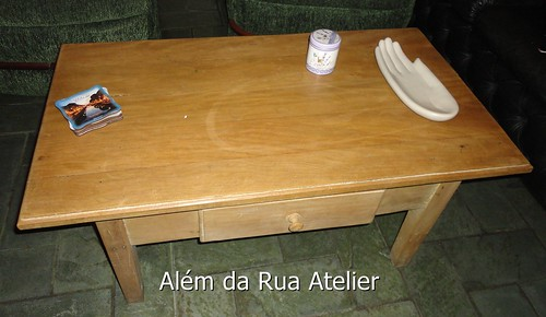 Reforma e pintura de mesa
