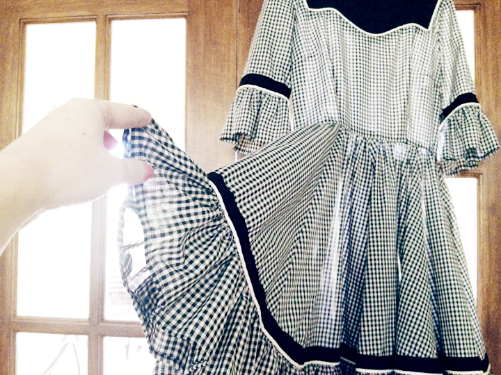 bw gingham picnic dress vintage c