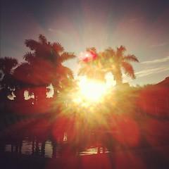 horizon, cloud, sunlight, sun, red, evening, morning, sky, dusk, sunset, sunrise,