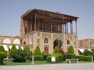 Palácio Ali Qapu na Praça Imam em Ispaão