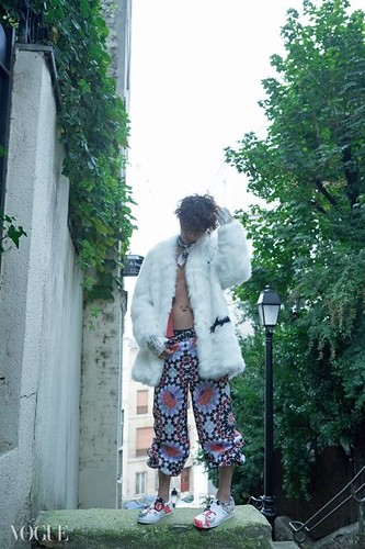 GDragon-Vogue-Photoshoots_Behindcuts-b-2-12