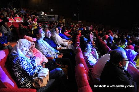 penonton di Auditorium
