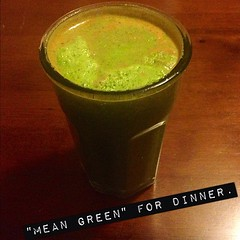 """Mean Green"" for Dinner. #meangreen #juice #juicing #Raw #Fruit #CleanEating #VeganLife #Vegan #VeganEating #VeganDiet #Health #Healthy #EatHealthy #Wellness #EatToLive #HealthyEating  #EatClean #Foodstagram #Fresh #Natural #NaturalEating #Vegetarian #pho"