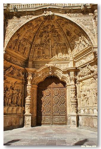 Portal da catedral de Astorga by VRfoto
